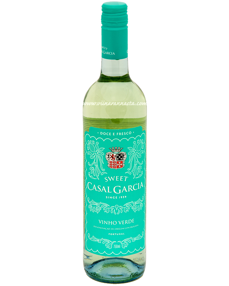 Casal Garcia Sweet Vinho Verde 9% 75cl